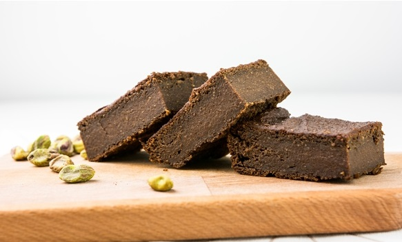 brownie z pistacjami i batatem